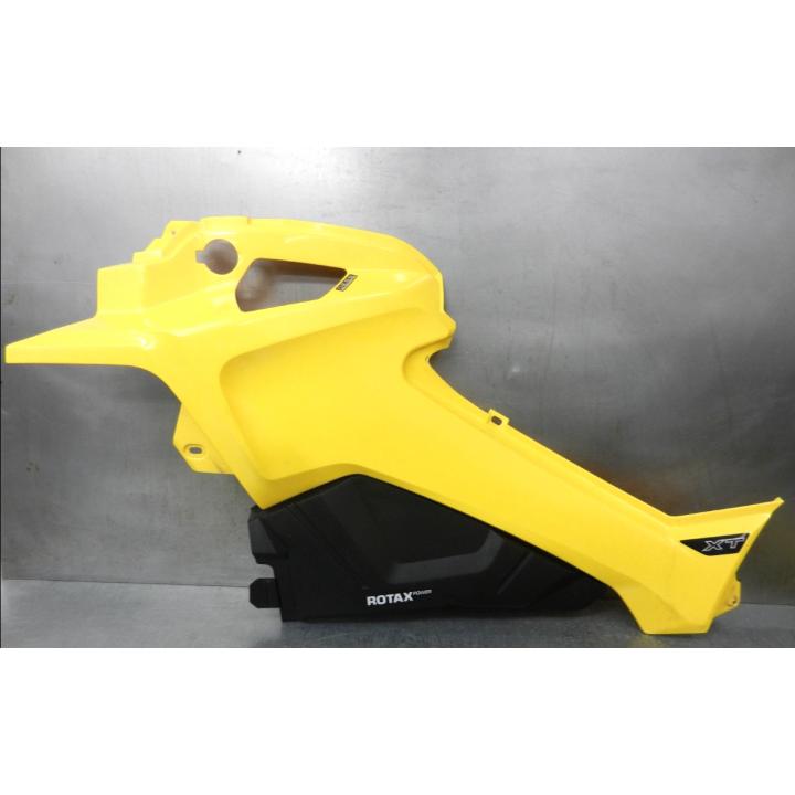 Боковая панель левая желтая Can-Am G2 Outlander 12+ 705003446