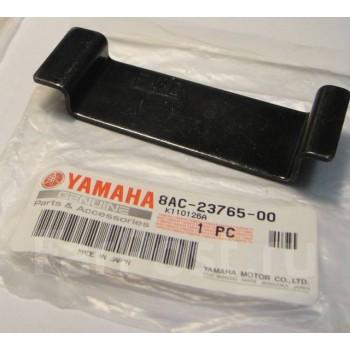 Скоба отбойника лыжи Yamaha VK 540 94+ 8AC-23765-00-00