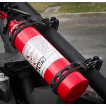 """Быстросъемное крепление огнетушителя для ATV /UTV на трубу 1,5""""-2"""" Kemimoto B1201- 02301BK"""